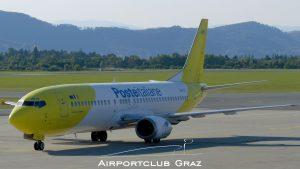 Mistral Air Boeing 737-4Q8