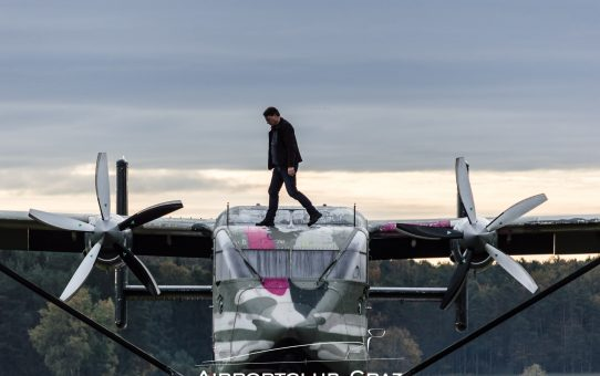 Pink Skyvan Boogie II - Flugplatz Punitz