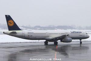 Lufthansa Airbus 321-131 D-AIRB