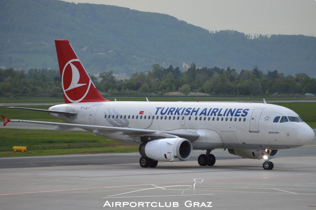 Turkish Airlines Airbus 319-132 TC-JLY