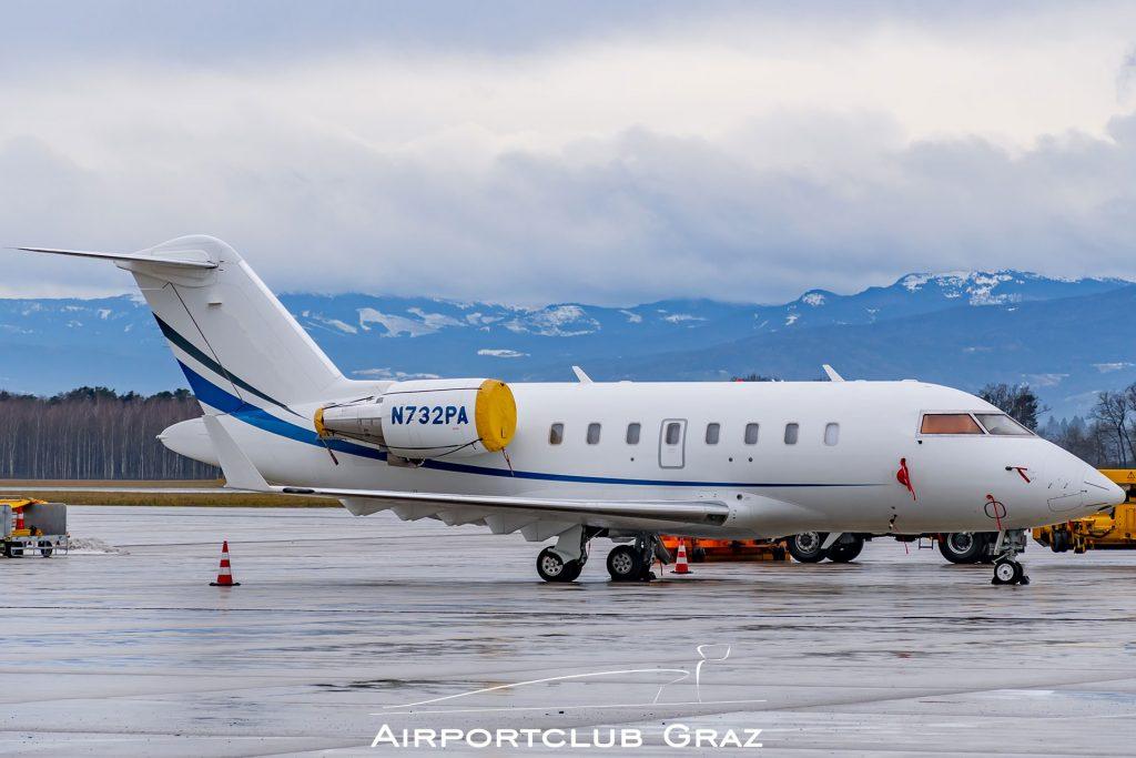 Wells Fargo Bombardier CL-600-2B16 Challenger 601 N732PA