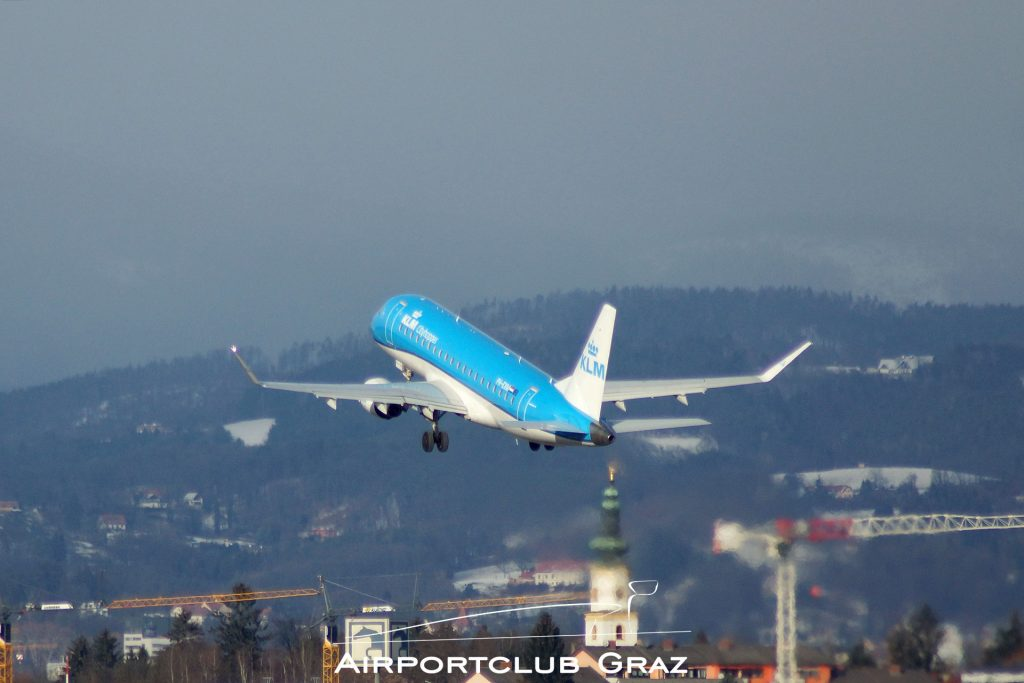 KLM Cityhopper Embraer 175 PH-EXM
