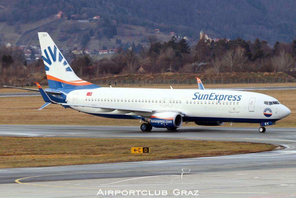 SunExpress Boeing 737-8HC TC-SEY