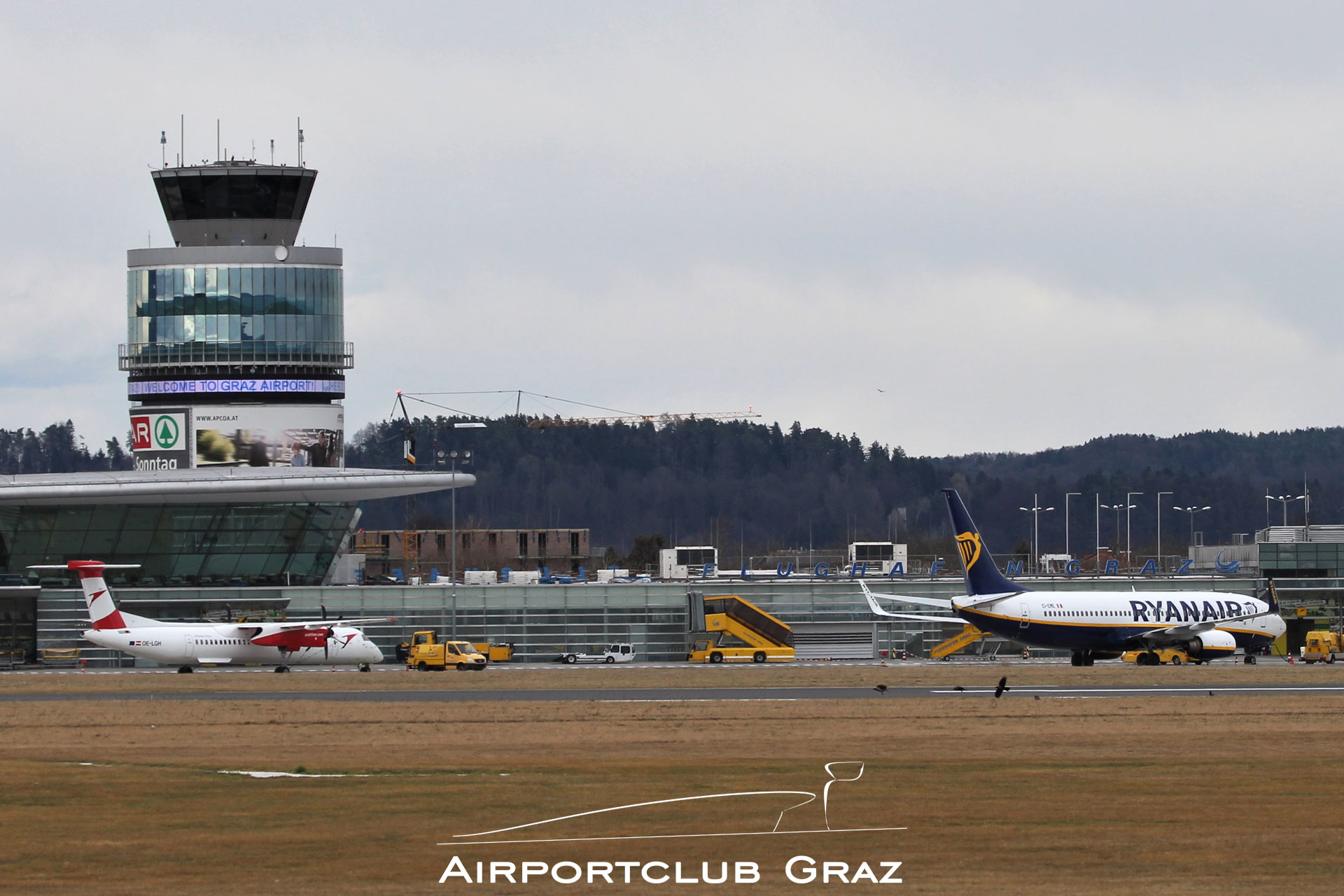 Ryanair Boeing 737-8AS EI-EME