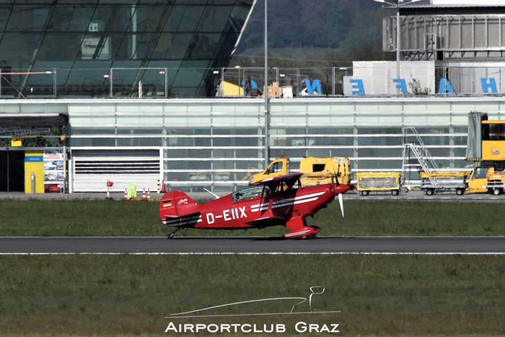 Aviat S-2B Pitts Special D-EIIX