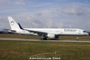 SunExpress Boeing 757-2Q8 TC-SNB