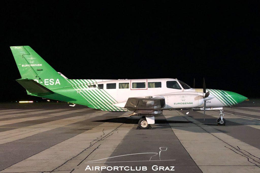 Eurosense Belfotop Cessna 404 Titan OO-ESA