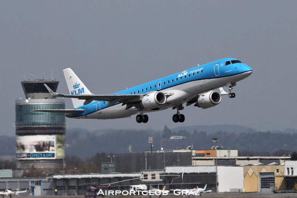 KLM Cityhopper Embraer 190 PH-EXY