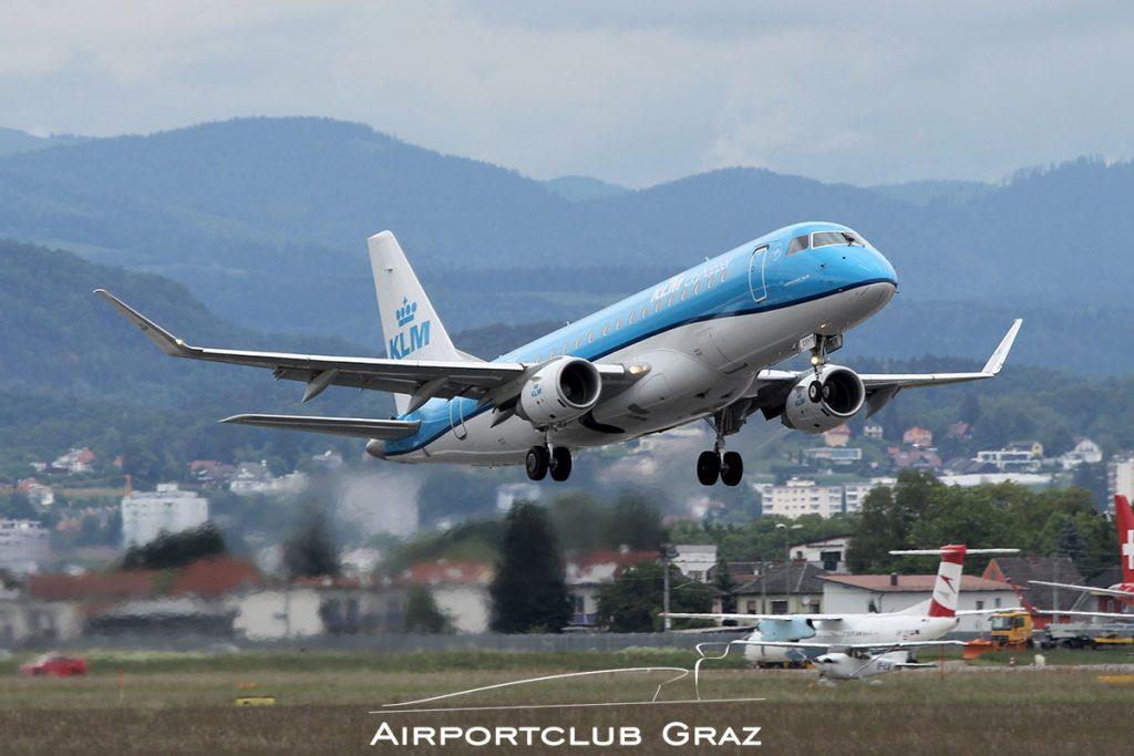 KLM Cityhopper Embraer 175 PH-EXX