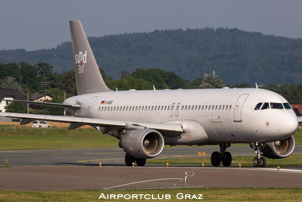 Sundair Airbus A320-214 D-ASEE