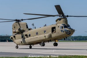 US Army Boeing CH-47F Chinook 16-08201