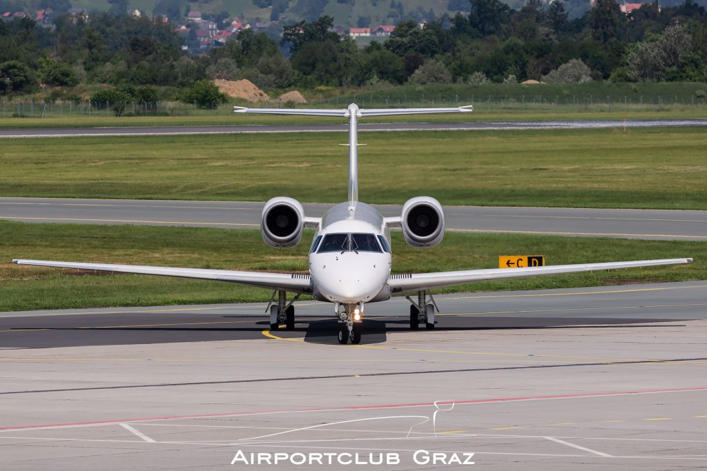 Aero4M Embraer 145 S5-ACJ