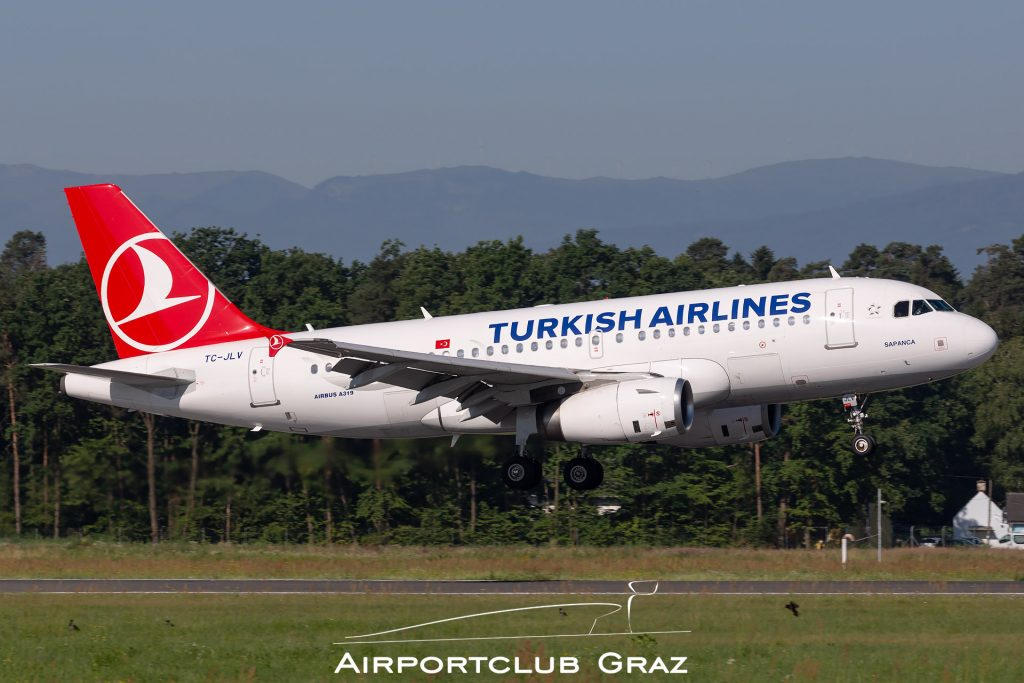 Turkish Airlines Airbus A319-132 TC-JLV