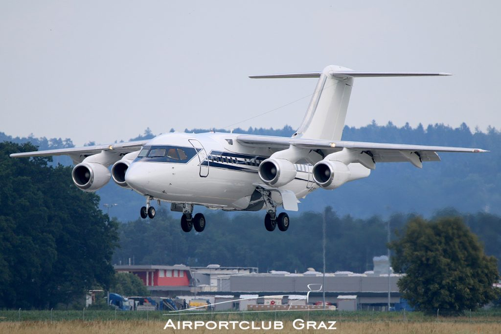 Formula One Management BAe 146-100 G-OFOM