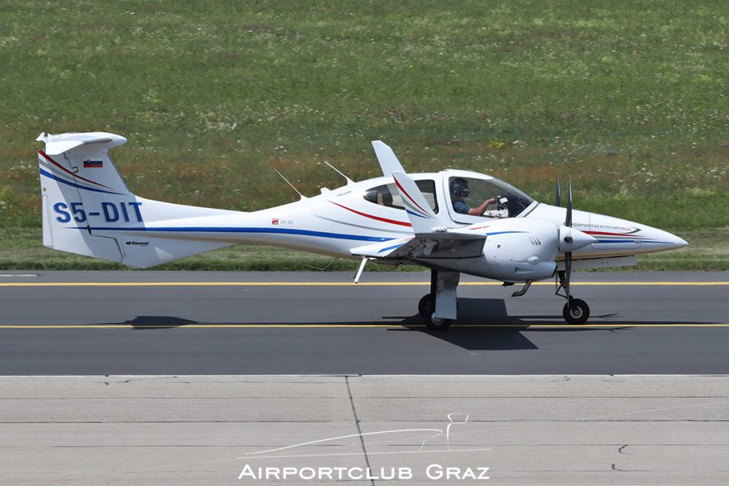 Diamond DA42 Twin Star S5-DIT