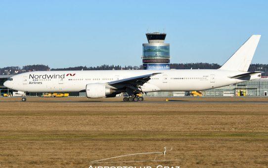 Fotostrecke: Nordwind Airlines Boeing 777-300 Typenerstlandung