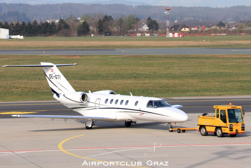 Smartline Cessna 525C CitationJet 4 OE-GTI