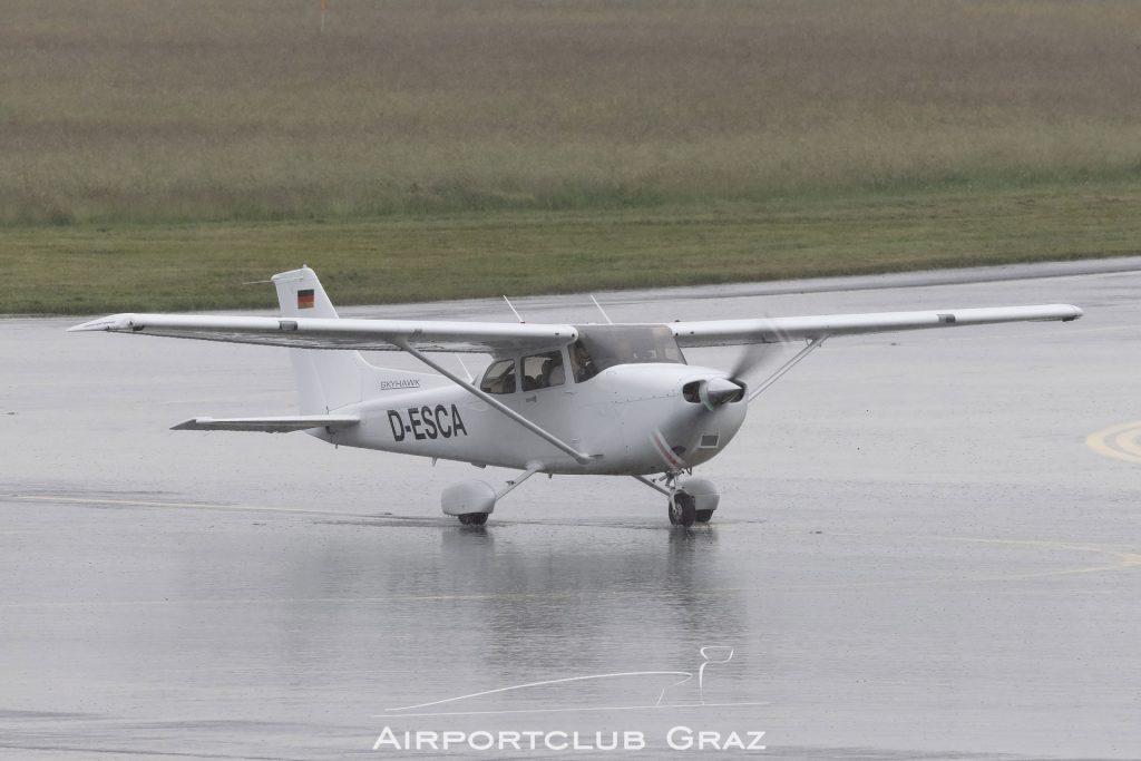 Munich Aviation Company Cessna 172S Skyhawk D-ESCA