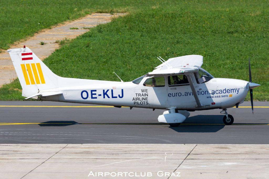 eaa Aviation Academy Cessna 172S Skyhawk SP OE-KLJ