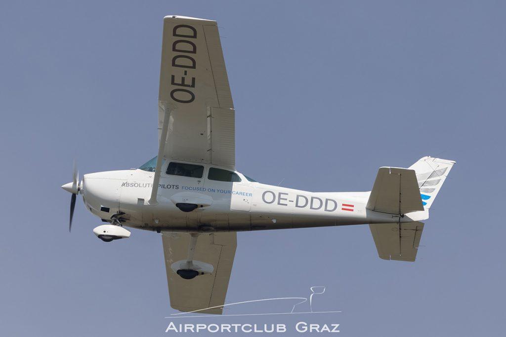 Ansolute Pilots Cessna 172S Turbo Skyhawk JT-A OE-DDD