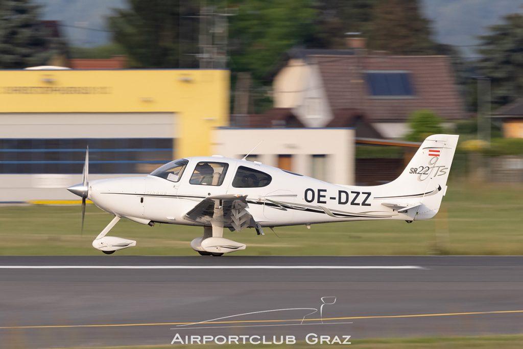 Fliegen für Jedermann Cirrus SR22-GTS OE-DZZ