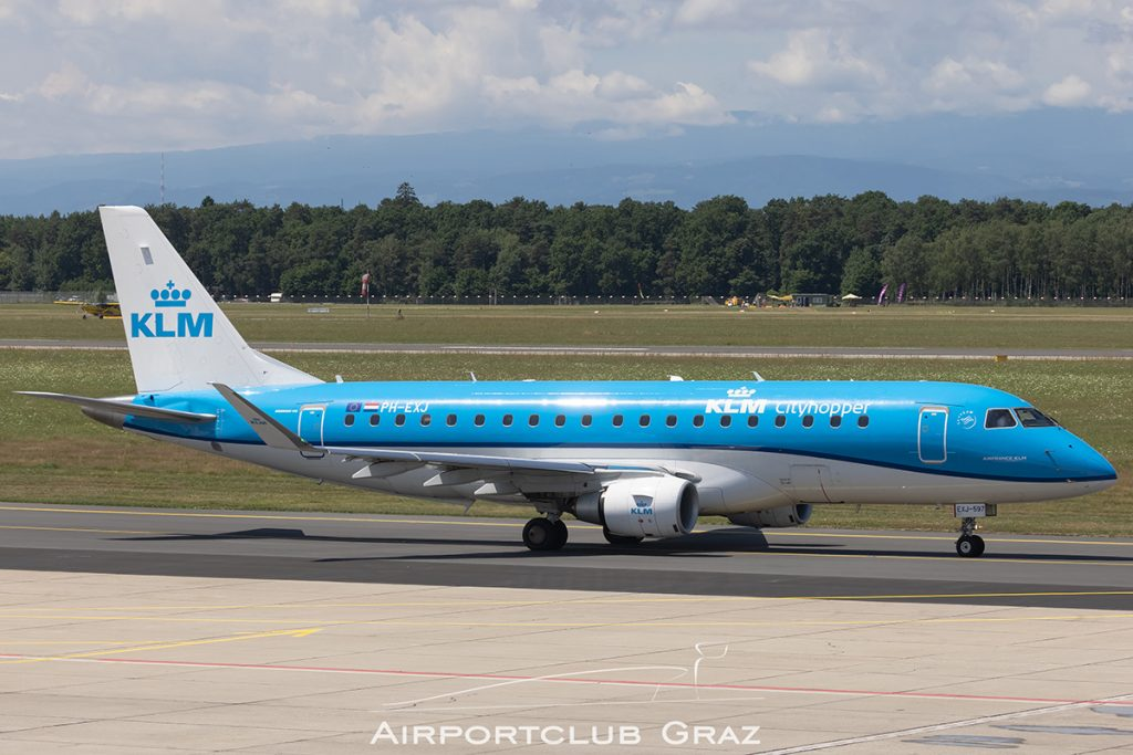 KLM Cityhopper Embraer 175 PH-EXJ