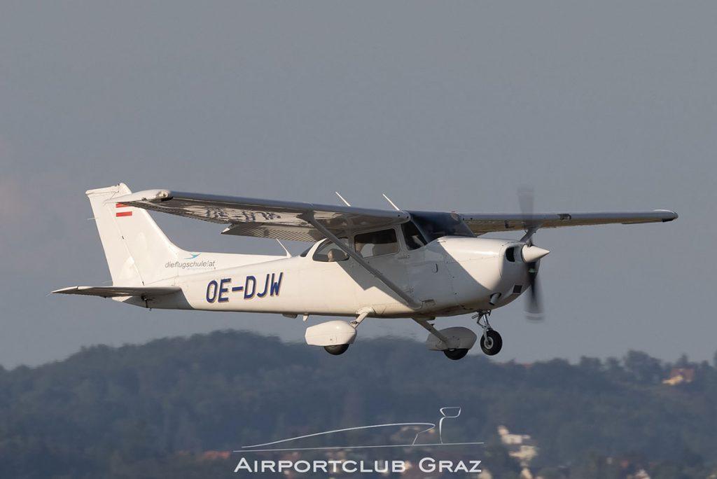 Lycoair Cessna 172R Skyhawk II OE-DJW