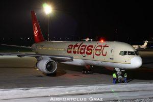 AtlasJet Boeing 757-256 TC-OGS